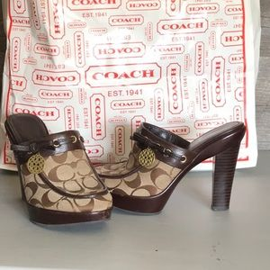Jody Signature Coach Clogs with Charm